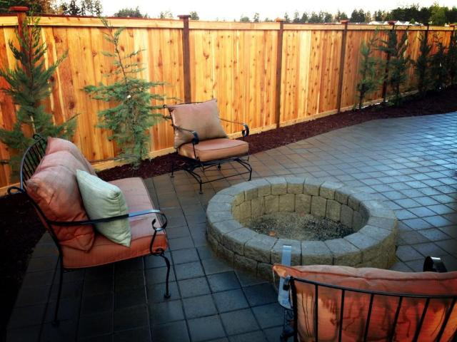 Fenced Patio with Pavers & Firepit