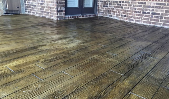 stamped_patio_faux-wood_walnut